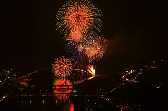 江の川祭の花火