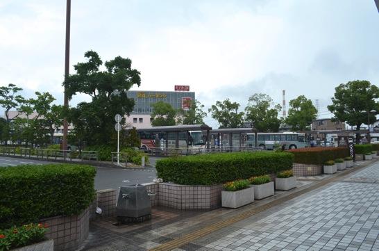 新富士駅 バスのりば