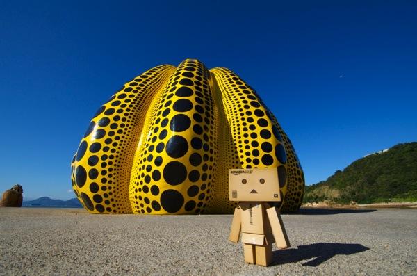 直島の黄色いかぼちゃとダンボー
