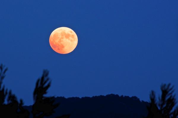 10月8日の満月