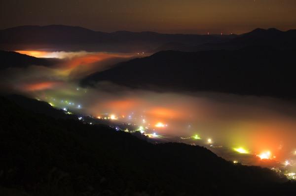 荒谷山の深夜の雲海