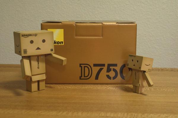 D750の箱