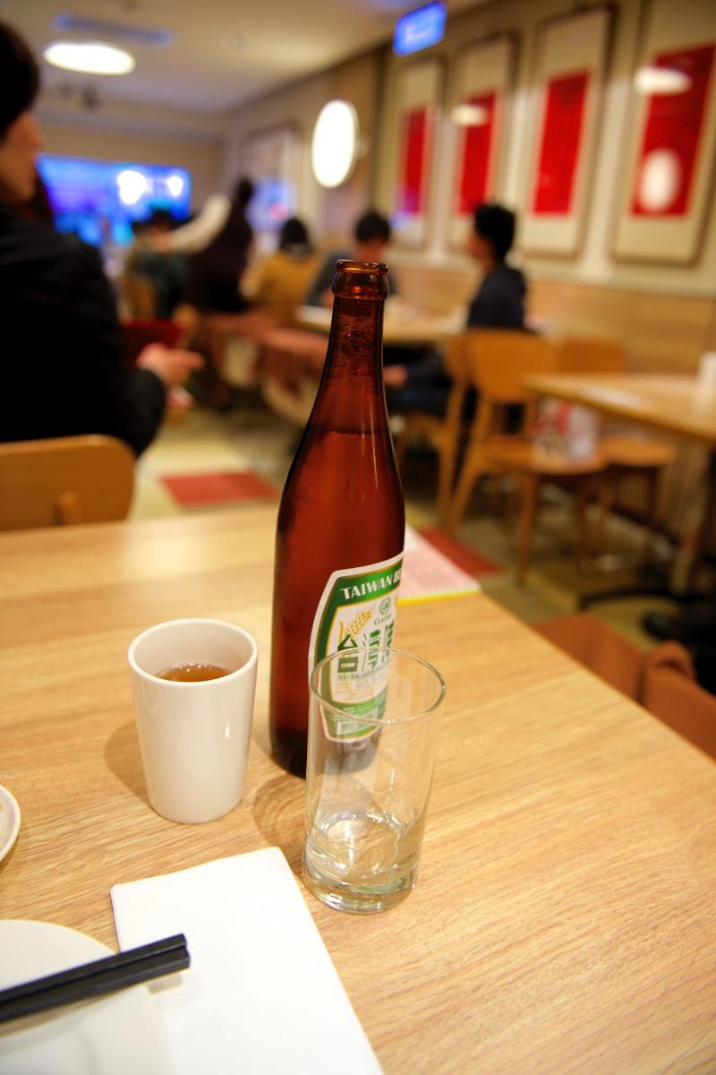 鼎泰豐で台湾ビール