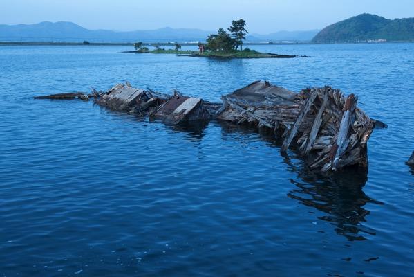 大根島の廃船