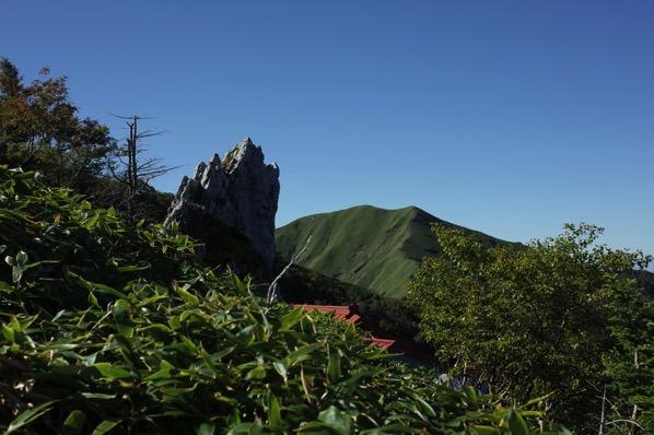 大剱神社 岩