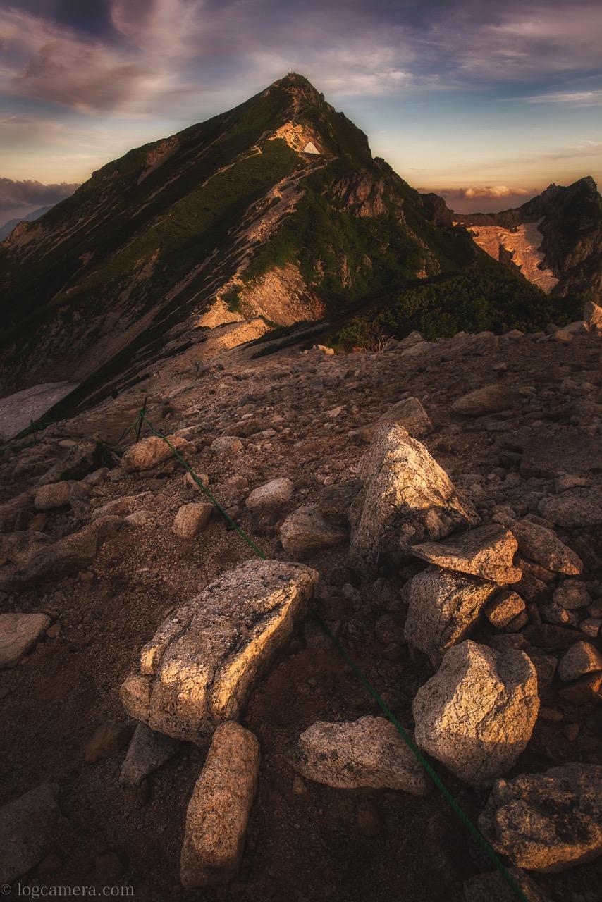 唐松岳の朝焼け