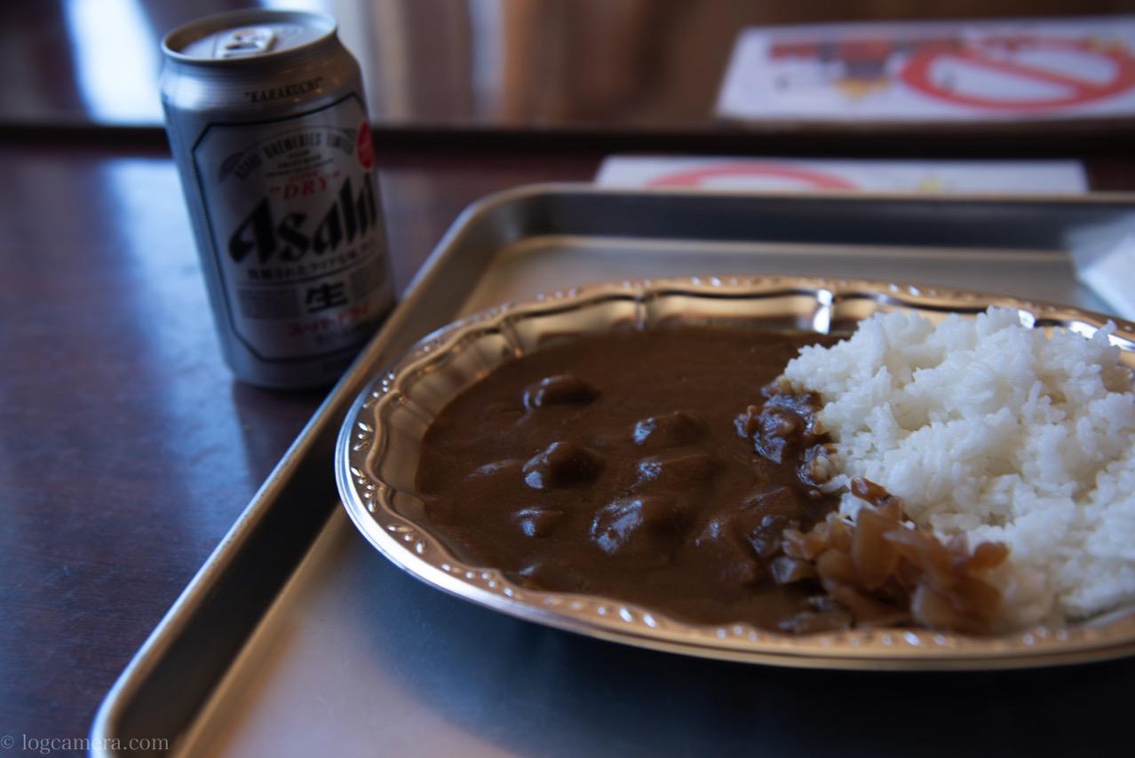 唐松岳 カレーとビール