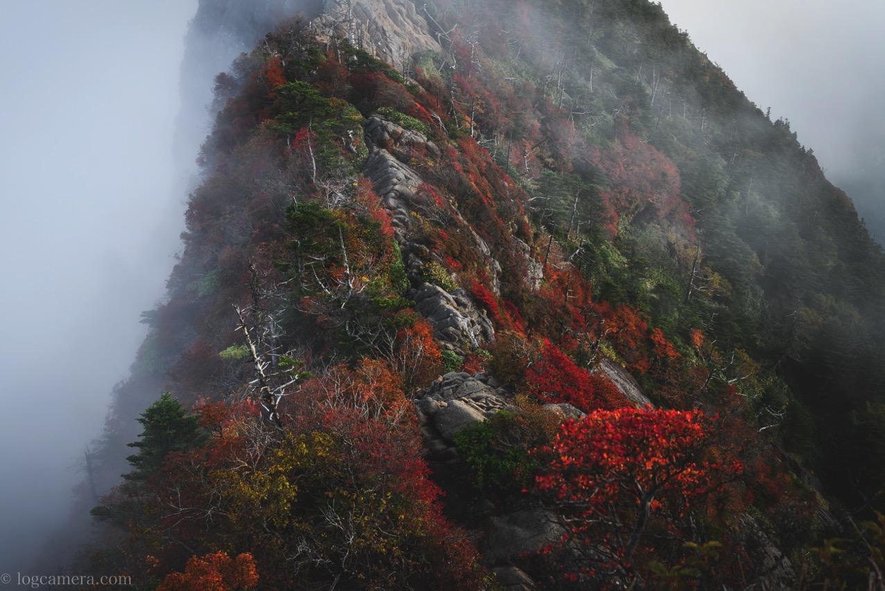 石鎚山 正面 紅葉
