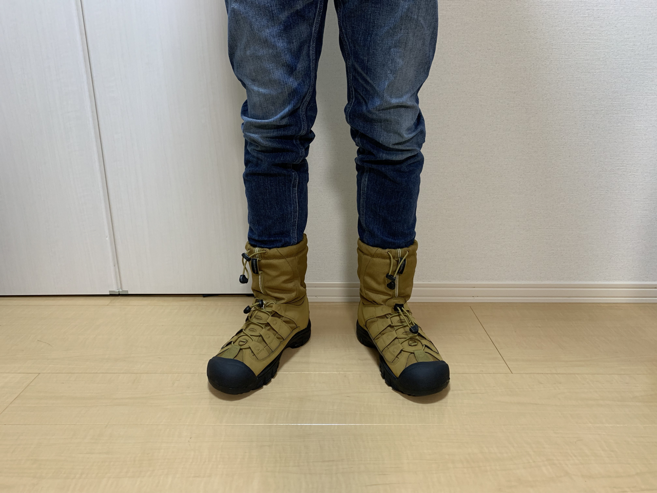 KEEN ウィンターポート2 正面