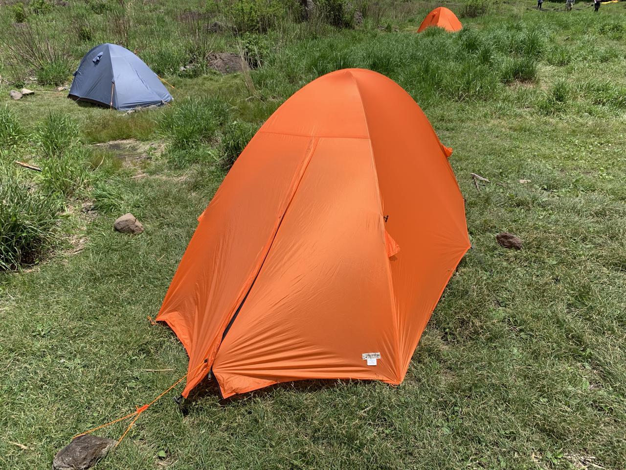 坊ガツル テント設営