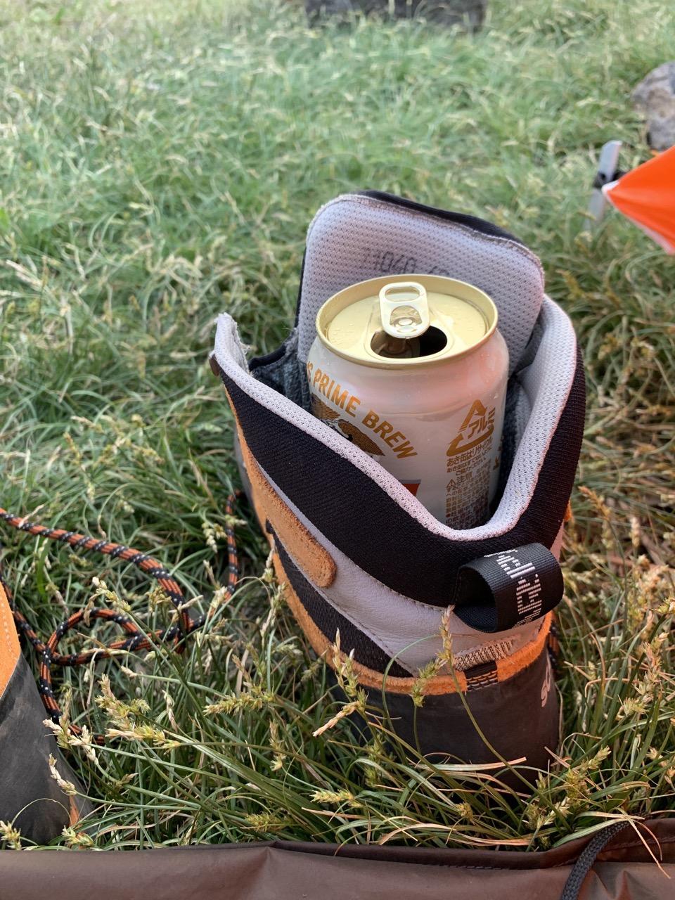 山と登山靴とビール
