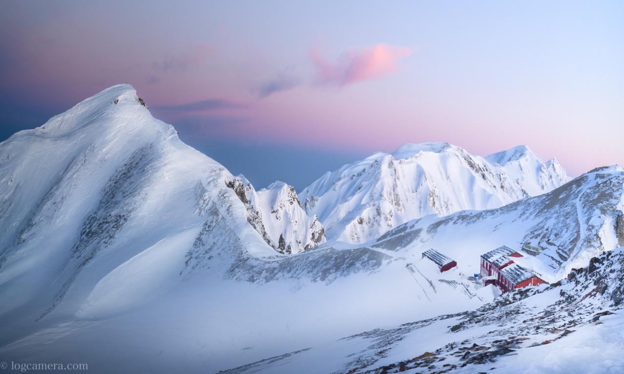 厳冬期に北アルプスの唐松岳にナイトハイクして写真を撮ってきた!