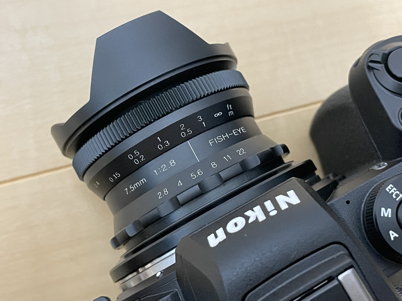 PERGEAR 7.5mm f2.8絞り・フォーカス