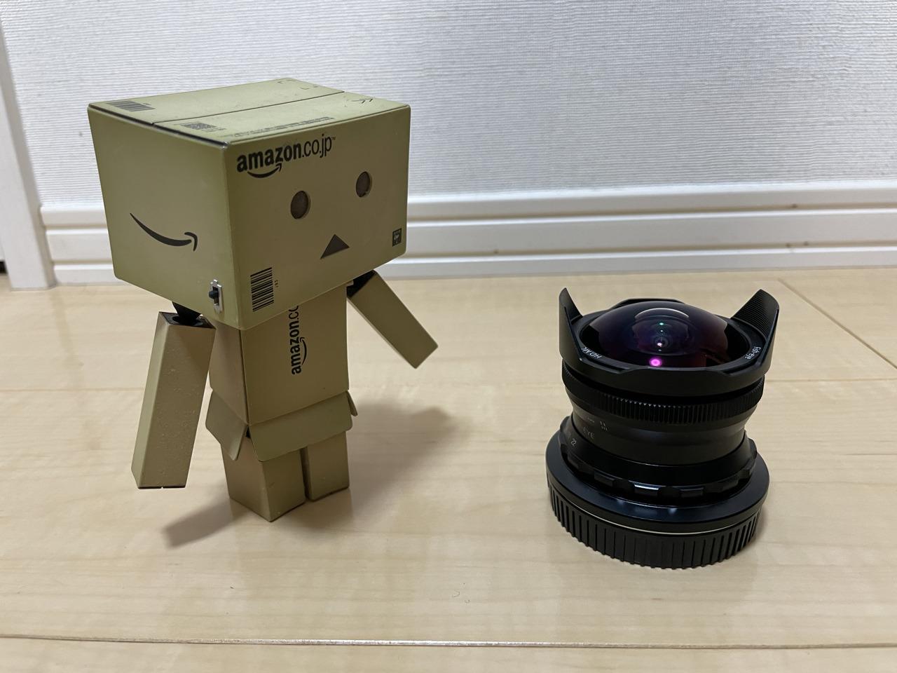 PERGEAR 7.5mm f2.8外観